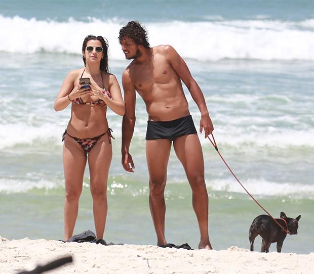 Paula Morais e o namorado, João Souza (Foto: AgNews)
