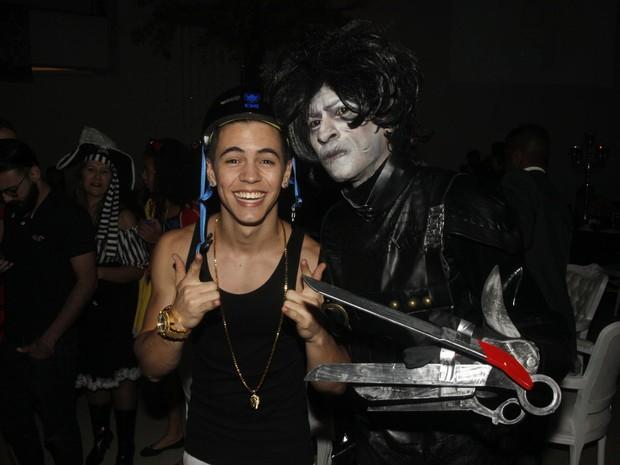 MC Biel e cantor Dodô em festa em São Paulo (Foto: Celso Tavares/ EGO)