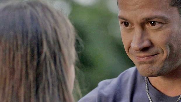 Haja Coração: Apolo promete cuidar de Carol e irmãos (TV Globo)