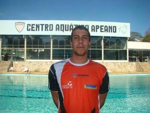 Nadador João Vitor Brambilla Machado é medalha de prata em Brasília.  (Foto: Semepp / Divulgação)