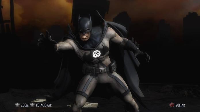 Um Batman morto em Injustice (Foto: Reprodução/Felipe Vinha)