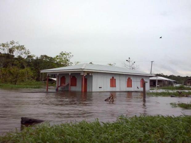 Sete famílias foram afetadas após chuva forte atingir casas inundadas em Anamã (Foto: Divulgação/Defesa Civil de Anamã)