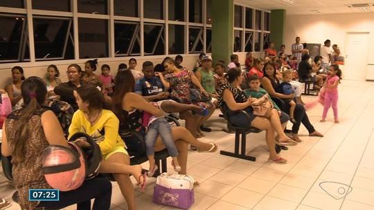 Pacientes reclamam de lotação no PA de Alto Lage, em Cariacica, ES