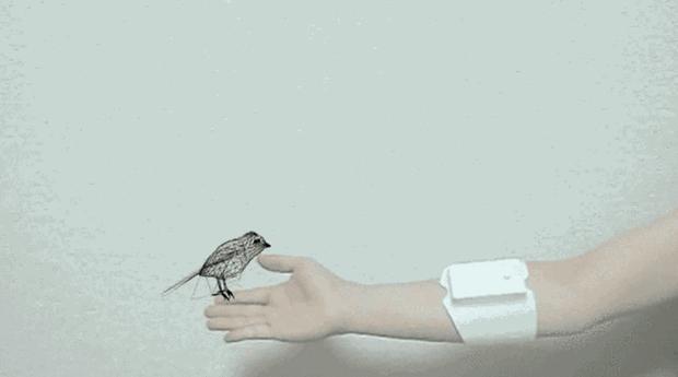 Com a UnlimitedHand as pessoas poderão sentir objetos virtuais (Foto: Divulgação)