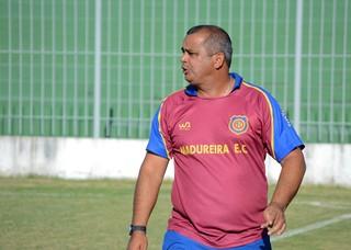 Antônio Carlos Roy, técnico do Madureira (Foto: Léo Borges/NaJogada)