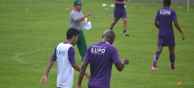 Guarani treina em Jaguariúna para enfrentar o Linense (Foto: Murilo Borges)