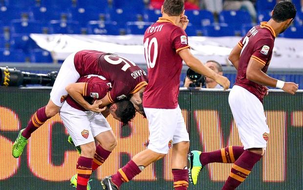 Alessandro Florenzi comemoração Roma contra Bologna (Foto: EFE)
