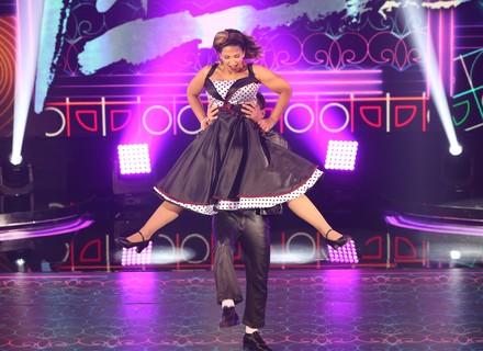 Valesca recebe elogios por carisma em sua apresentação de rock no 'Dança dos Famosos'