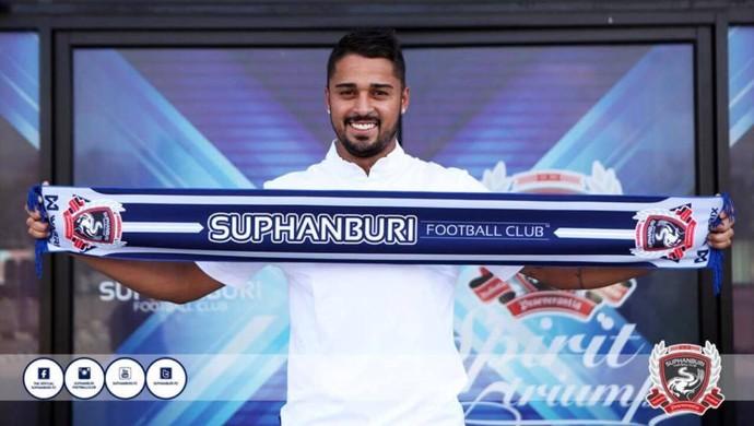 Dellatorre Suphanburi, da Tailândia, Atlético-PR (Foto: Site oficial do Suphanburi/Divulgação)