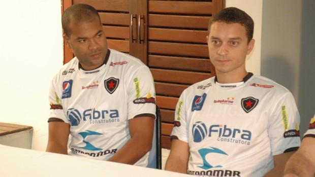 Lenilson, Fausto, Botafogo-PB, Paraíba (Foto: Larissa Keren / globoesporte.com/pb)