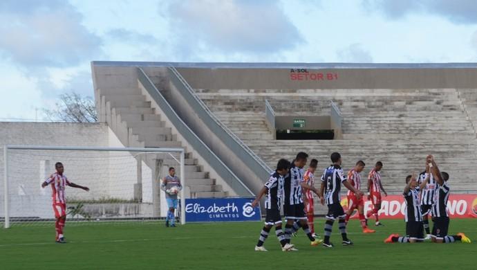 Botafogo-PB x Auto Esporte, pelo Campeonato Paraibano (Foto: Lucas Barros/GloboEsporte.com/pb)