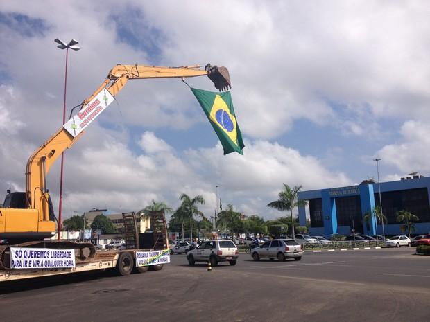 """Movimento """"Roraima Livre Sem Correntes"""" no Centro de Boa Vista (Foto: Vanessa Lima/G1 RR)"""