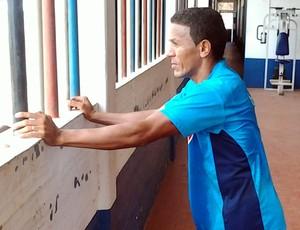 Raimundinho está liberado para jogar contra o Sampaio (Foto: Bruno Alves/Globoesporte.com)