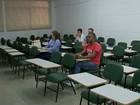 Feira de Emprego oferece cursos e palestras em faculdade de Votorantim