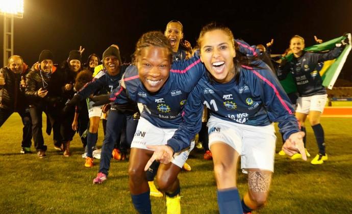 São José Futebol Feminino Campeão Mundial (Foto: Mengo do Japão/ Divulgação)