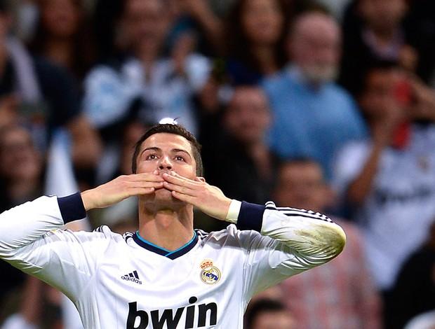 Cristiano Ronaldo comemoração gol Real Madrid Real Valladolid (Foto: AFP)
