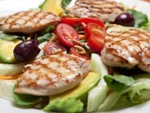 Salada mexicana é refeição completa e saborosa (Foto: Tv Globo/Gshow)
