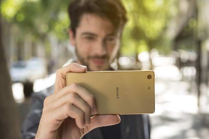 O sensor traseiro do Xperia M5 também é melhor, com 21.5 megapixels (Foto: Divulgação/Sony)  (Foto: O sensor traseiro do Xperia M5 também é melhor, com 21.5 megapixels (Foto: Divulgação/Sony) )