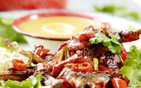 Costeleta de cordeiro com molho curry de Jamie Oliver