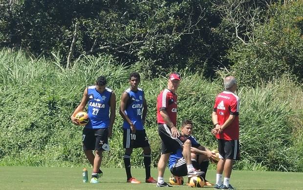 Mano, Cadu, Gabriel e André Santos em treino Flamengo (Foto: Cahê Mota)