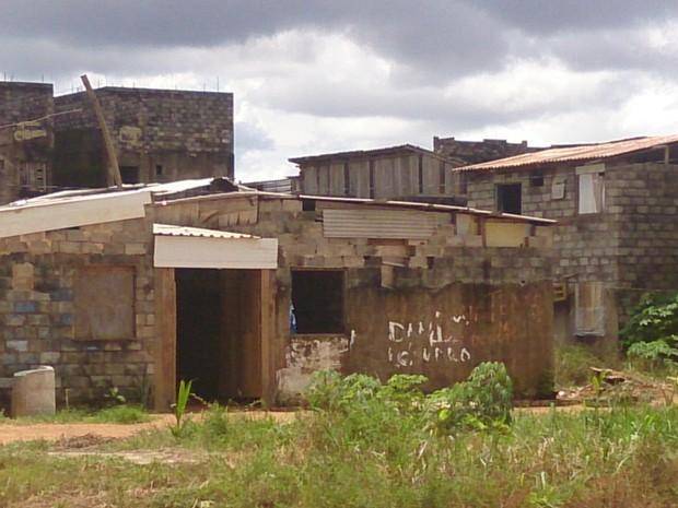Reintegrações ocorrem aos poucos e prefeitura garante moradia às de sem-teto (Foto: Assem Neto)