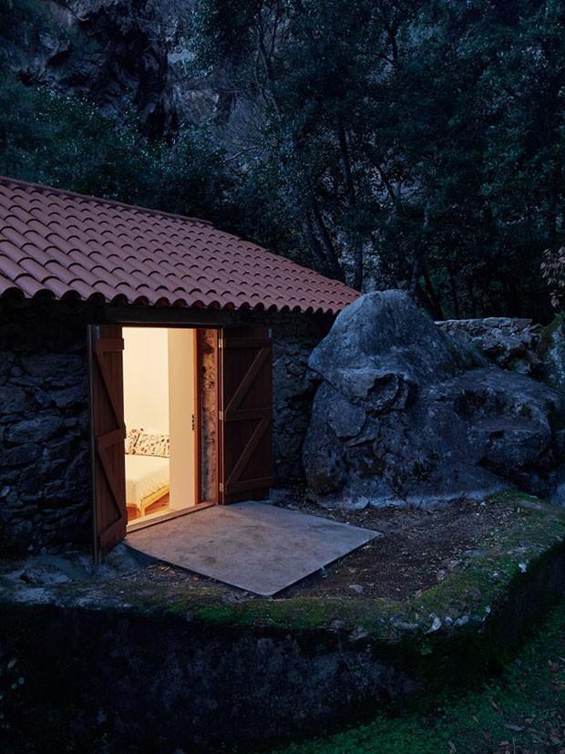 moinho de pedra vira refúgio (Foto: Hugo Santos Silva/divulgação)