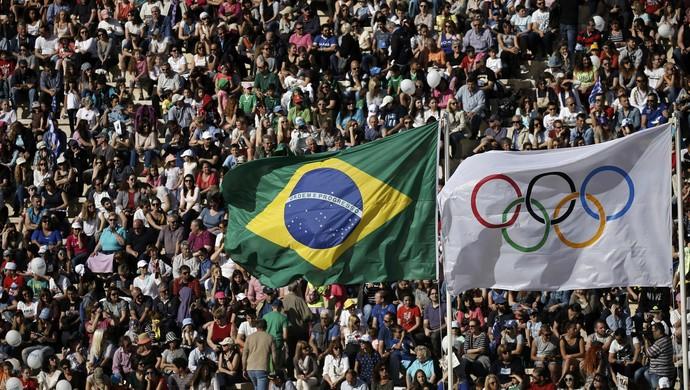 cerimônia de passagem da tocha olímpica, Olimpíadas, Rio 2016 (Foto: Reuters)