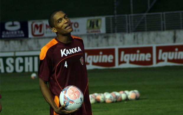 Fernando Karanga já cumpriu um jogo de gancho e reforça o Boa contra o América-RN (Foto: Tiago Campos)
