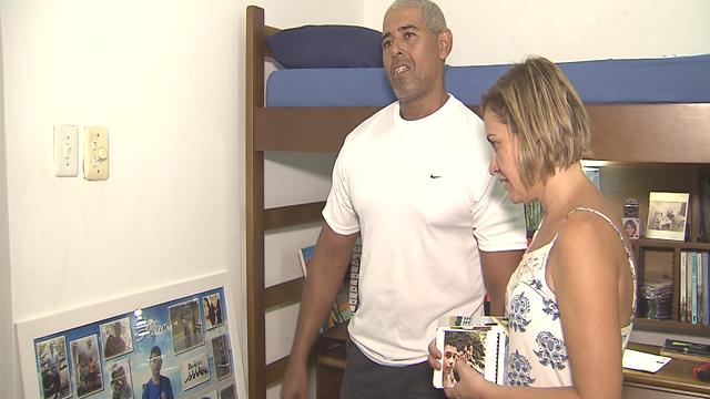 Família de Allan espera que os responsáveis sejam presos  (Foto: Reprodução/TV Tribuna)