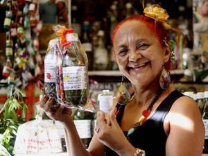 Beth Cheirosinha Belém Ervas Ver-o-Peso (Foto: Ingrid Bico/G1)
