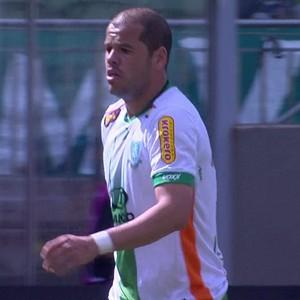 América-MG; Tiago Luís (Foto: Reprodução/Premiere)