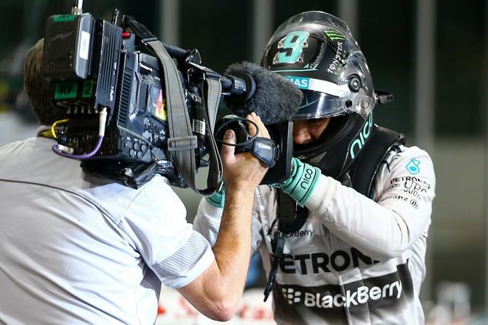 Nico Rosberg focado em ser campeão faz a pole position para o GP de Abu Dhabi (Foto: Getty Images)