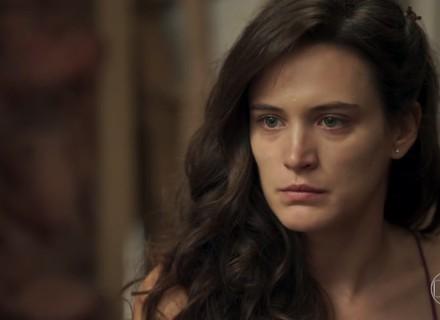 Clara desvenda o que aconteceu com ela e jura vingança