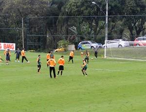 treino jogadores Atlético-MG (Foto: Fernando Martins)