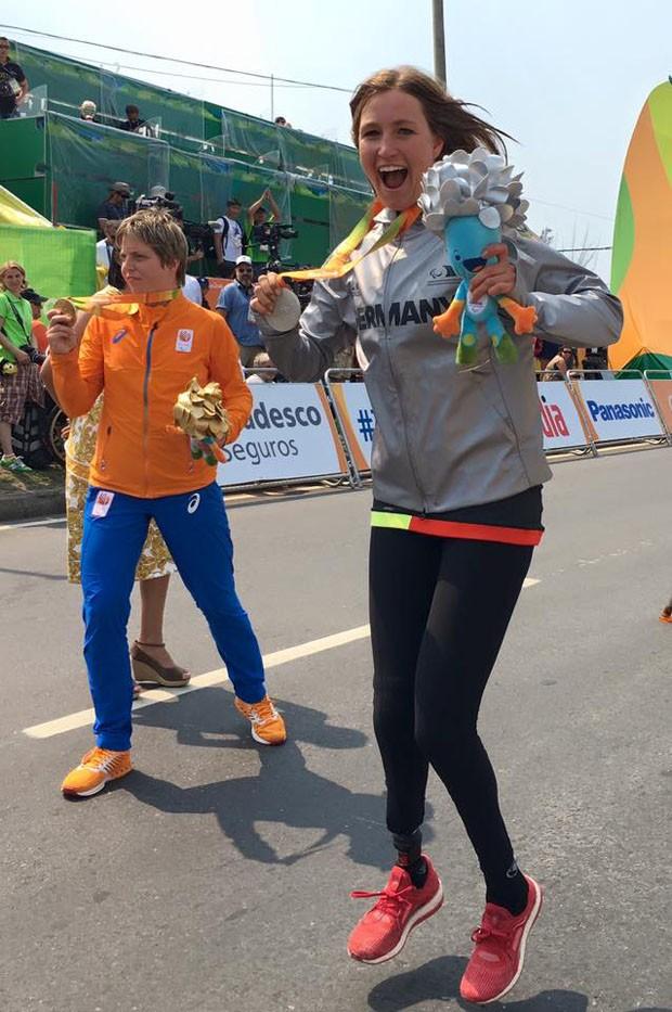 Prata nos Jogos Paralímpicos, ciclista alemã usa prótese feita em impressora 3D (Foto: Reprodução/Facebook)