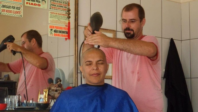 Márcia Melo durante o tratamento contra o câncer de mama (Foto: Márcia Melo/ arquivo pessoal )
