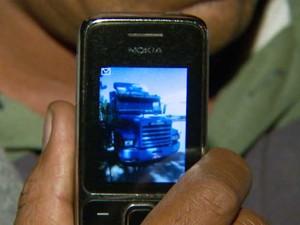 Cavalo mecânico de caminhão roubado em São Paulo (Foto: Reprodução EPTV)