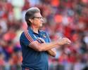 Oswaldo de Oliveira vê em crise o real motivo para falta de reforços no Sport