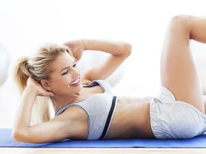 Exerccios para fazer em casa: personal mostra srie para o corpo todo (Foto: Getty Images)