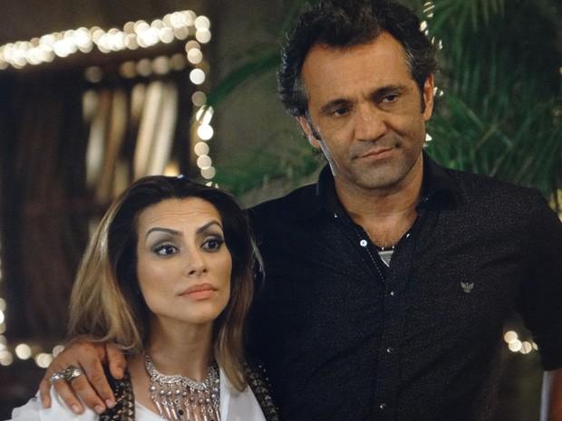 Bianca atura a família do amado na virada de ano (Foto: Salve Jorge/ TV Globo)