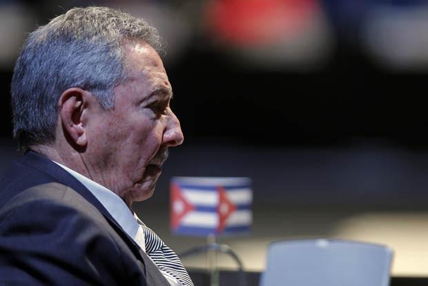 Os presidente de Cuba, Raúl Castro, durante cúpula da Celac nesta segunda-feira (28) em Santiago do Chile (Foto: AFP)