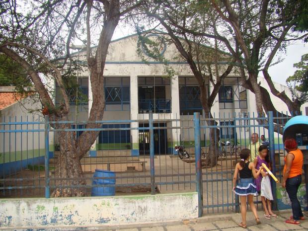 Escola onde a filmagem aconteceu (Foto: Gilcilene Araújo)