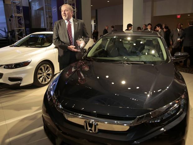 Nova geração do Honda Civic foi eleito carro do ano no Salão de Detroit, nesta segunda-feira (11) (Foto: REUTERS/Rebecca Cook)