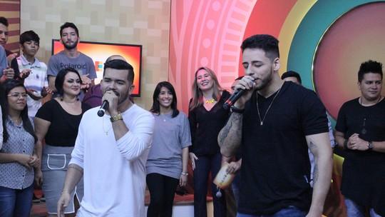 Paneiro: João Victor & Rodrigo soltam a voz no programa de sábado (22)