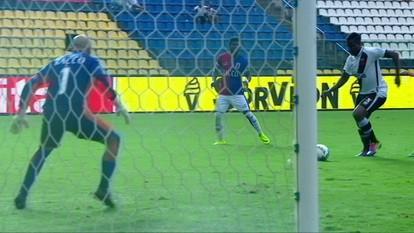 O gol de Paraná 0 x 1 Vasco pela 32ª rodada do Campeonato Brasileiro série B