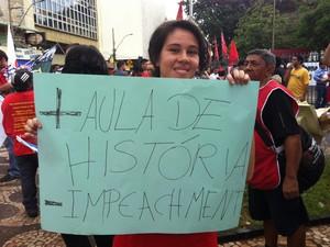 Manifestante_Uberlândia (Foto: Fernanda Resende/G1)