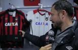 Apresentação, em detalhes, do novo uniforme do Atlético Paranaense