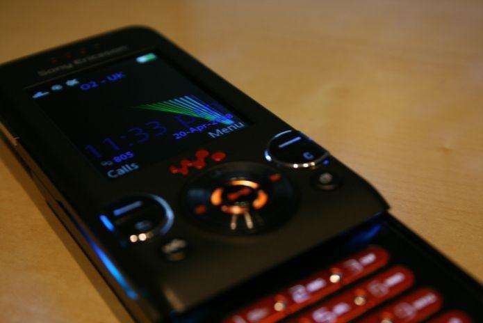 A época dos Walkman em celulares Sony Ericsson era pré-smartphones (Foto: Creative Commons/Flickr/DeclanTM)