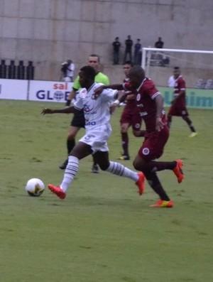 João Paulo, meia do Rio Branco-ES (Foto: Sidney Magno Novo/GloboEsporte.com)