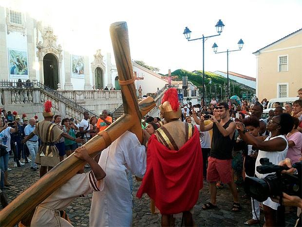 Celebração no Centro Histórico de Salvador (Foto: Robel Sousa/TV Bahia)